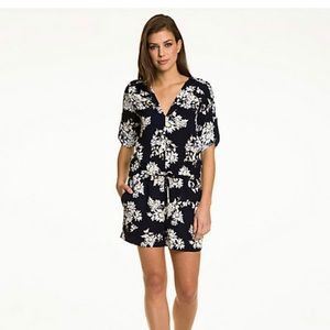 Le Chateau  Navy Daisy Romper Like New